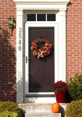 front-door-pumpkin-fall